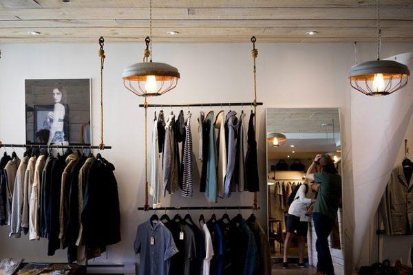 Dépôt-vente Marseille : Les meilleures adresses pour vendre vos vêtements